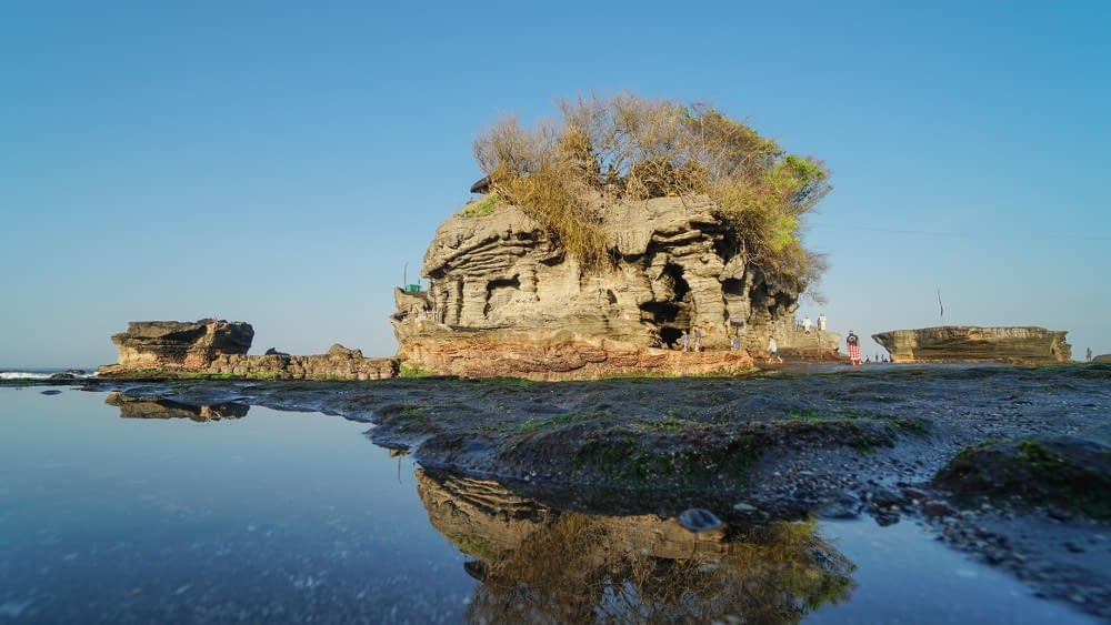 Tanah Lot Temple Top Rated Tourist Attractions in Bali (4)