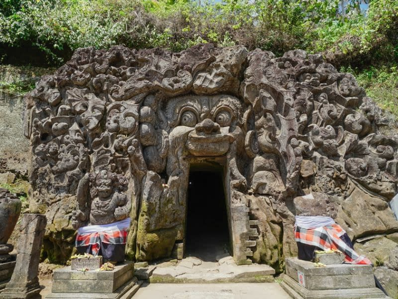 Elephant Cave Ubud Entrance Fee & Attraction (3)