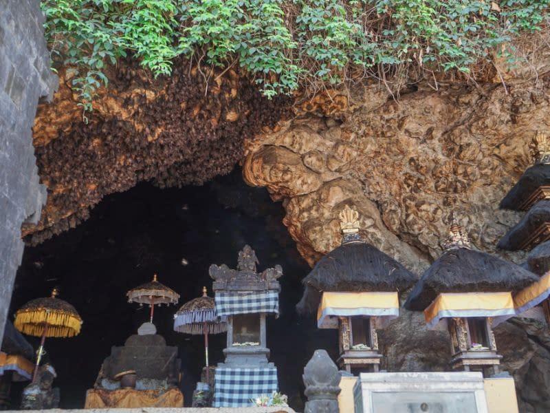 Pura Goa Lawah Temple, Bat Cave Bali Entrance Fee & Dress Code (3)